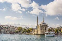 Mesquita de Ortaköy do Bosphorus (Istambul, Turquia) Fotos de Stock
