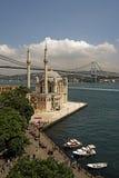 Mesquita de Ortakoy e ponte de Bosphorus Imagens de Stock