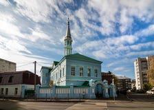 Mesquita de Zangar, mesquita azul, no pagamento Tatar velho de Kazan, um monumento da arquitetura Tatar do templo fotos de stock royalty free