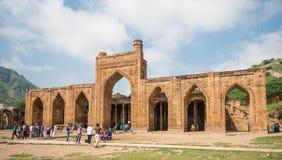 Mesquita do ka-Jhonpra do Adhai-ruído em Ajmer, Rajasthan - Índia imagens de stock