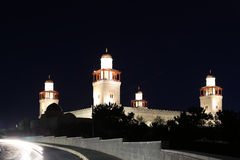 Mesquita do rei Hussein Bin Talal em Amman (na noite), Jordânia Imagem de Stock Royalty Free