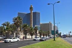Mesquita e minarete árabes Imagem de Stock