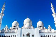 Mesquita grande famosa de Sheikh Zayed em Abu Dhabi, Emiratos Árabes Unidos fotos de stock royalty free