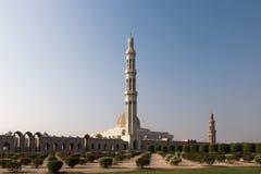 A mesquita a maior em Omã imagens de stock royalty free