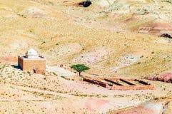 Mesquita na sobremesa por Ait Ben Haddou em Marrocos Fotos de Stock Royalty Free