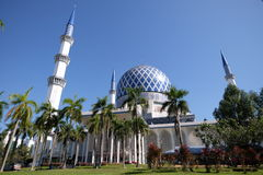 Mesquita Sultan Salahuddin Abdul Aziz Shah Selangor Malásia Imagens de Stock Royalty Free