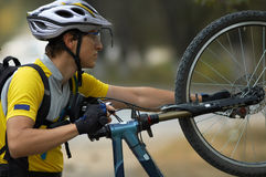 Messa in opera della bici Immagini Stock Libere da Diritti