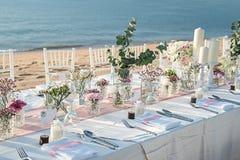 Messa a punto della tavola di nozze Immagini Stock Libere da Diritti