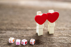 Message d'amour écrit sur le fond en bois Photos stock