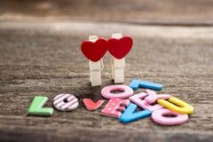 Message d'amour écrit sur le fond en bois Photographie stock libre de droits