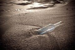 Message dans une bouteille photos libres de droits