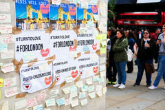 Messages and floral tributes to the victims of the London Bridge terrorist attacks. Floral tributes and messages placed in memory of those who were killed or stock image