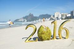 Messaggio 2016 dell'oro con la noce di cocco Rio Fotografia Stock Libera da Diritti