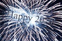 Messaggio felice 2020 con testo di riflessione 3d immagine stock