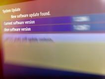 Messaggio trovato nuovo aggiornamento di software sulla TV fotografie stock