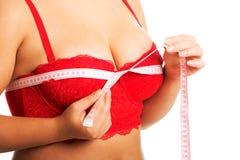 Messende Brust der fetten Frau stockfotografie