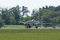 Messerschmitt Ja 262 demonstracja podczas Międzynarodowego Kosmicznego wystawy ILA Berlin powietrza Show-2014 (Niemcy) Zdjęcia Stock
