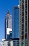 Messeturm som ses från lokalen för handelmässa - Frankfurt Fotografering för Bildbyråer