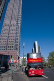 Messeturm vu des lieux de foire commerciale - Francfort Images stock