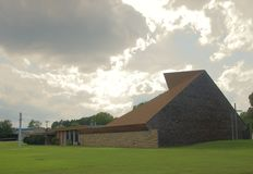 Messiah Lutheran Church Wide-Angle in Memphis, TN Royalty Free Stock Photos