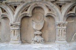 Messkelchflachrelief, Verona, Italien lizenzfreie stockfotografie