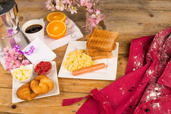 Messy breakfast table Royalty Free Stock Images