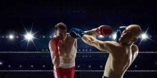 Mest bra ögonblick för askmatch Fotografering för Bildbyråer