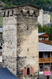 Mestia fortyfikował wierza, sławny średniowieczny punkt zwrotny, Gruzja Fotografia Stock