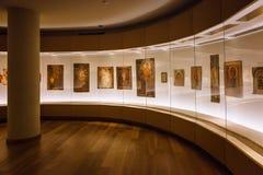 Mestia, la Géorgie - 25 avril 2017 : Hall intérieur de musée de Svaneti de l'histoire et de l'ethnographie Image libre de droits