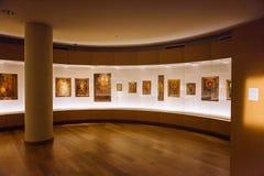 Mestia, la Géorgie - 25 avril 2017 : Hall intérieur de musée de Svaneti de l'histoire et de l'ethnographie Images libres de droits