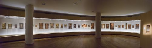Mestia, la Géorgie - 25 avril 2017 : Hall intérieur de musée de Svaneti de l'histoire et de l'ethnographie Image stock