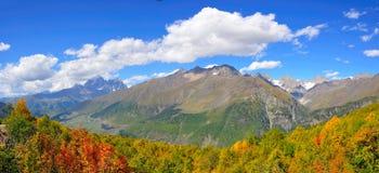 Mestia-Ushguli trek, Svaneti Georgië Stock Fotografie