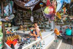 Mestre em sua arte-oficina Ubud é um das artes de Bali e de centros principais da cultura foto de stock