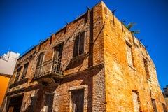MESTRE, ITALIA - 22 DE AGOSTO DE 2016: Monumentos y fachadas arquitectónicos famosos de los edificios de la ciudad en el primer d foto de archivo