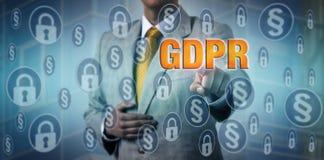 Mesures d'Activating GDPR de dirigeant de protection des données photos libres de droits