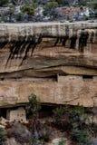 Mesy verde park narodowy - falezy mieszkanie w pustynnym góry lan obraz stock