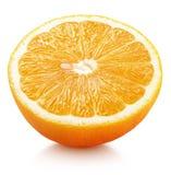 Metà degli agrumi arancio isolati su bianco Fotografie Stock