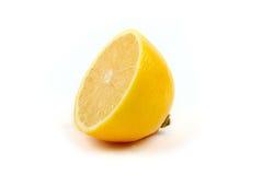 Metà del limone maturo Immagine Stock