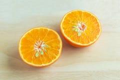 Metà dell'arancia fresca Fotografia Stock Libera da Diritti