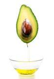 Metà dell'avocado immagini stock libere da diritti