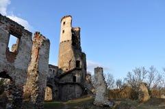 Metà della torre in rovine Immagini Stock