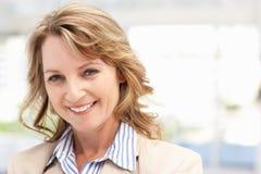 Metà di donna di affari di età Fotografia Stock Libera da Diritti