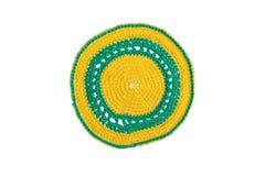 Met de hand gemaakt decoratief die servet, met kleurrijke draden wordt gehaakt stock foto