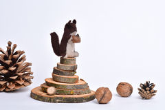 Met de hand gemaakt eekhoornstuk speelgoed stock foto
