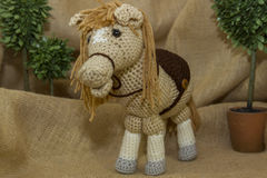 Met de hand gemaakt haak Toy Horse stock fotografie