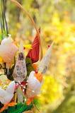 Met de hand gemaakte Bloemen op Goud Stock Afbeelding