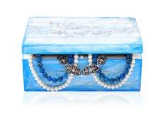 Met de hand gemaakte houten juwelendoos. stock fotografie