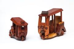 Met de hand gemaakte houten tuk tuk Royalty-vrije Stock Foto