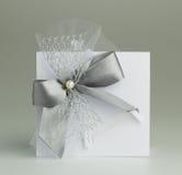 Met de hand gemaakte huwelijkskaart Stock Afbeeldingen