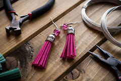 Met de hand gemaakte juwelen, juwelenlevering Royalty-vrije Stock Fotografie